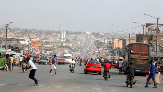 Miser sur les #villes #secondaires en #cotedivoire comme levier #agroindustriel @Gouvci @WorldBankAfrica  http:// ow.ly/rqEo30d1bB0  &nbsp;  <br>http://pic.twitter.com/GJktXbrhdk