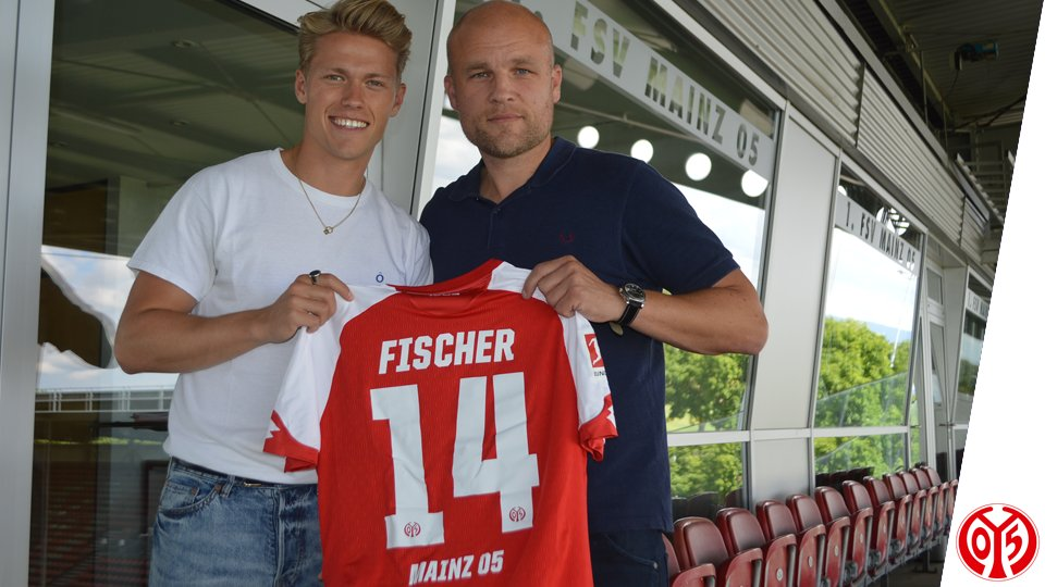 #Mainz05 sign Viktor #Fischer! The Denmark international arrives from...