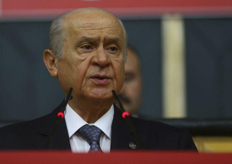 Devlet Bahçeli, Ozan Arif'i mahkemeye verdi https://t.co/7U043gFVn9 ht...