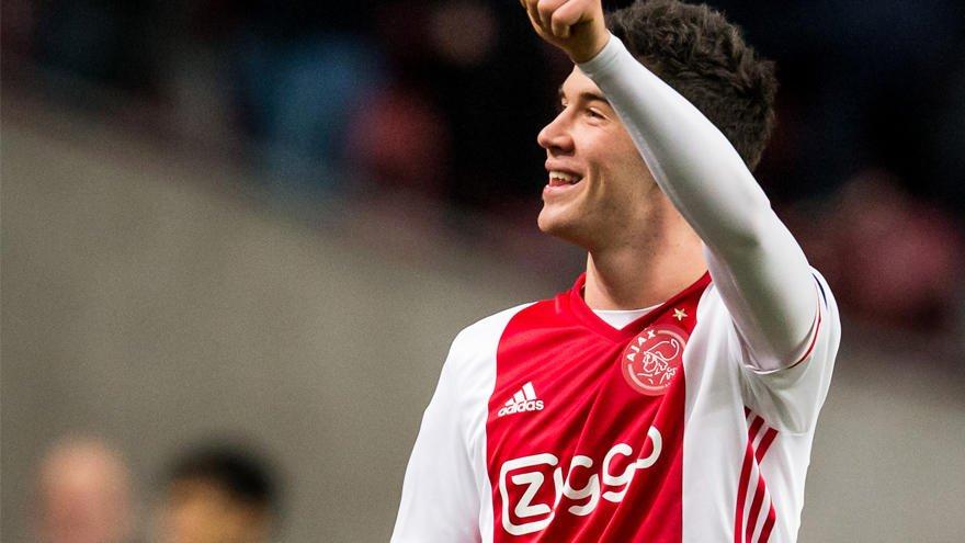 NIEUWS | #Ajax en Reading FC bereiken overeenstemming over Pelle Cleme...