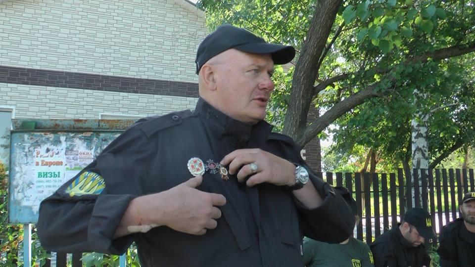 Порошенко наградил орденами погибших на Донбассе активиста Чубенко и парамедика ОБСЕ Стоуна - Цензор.НЕТ 202