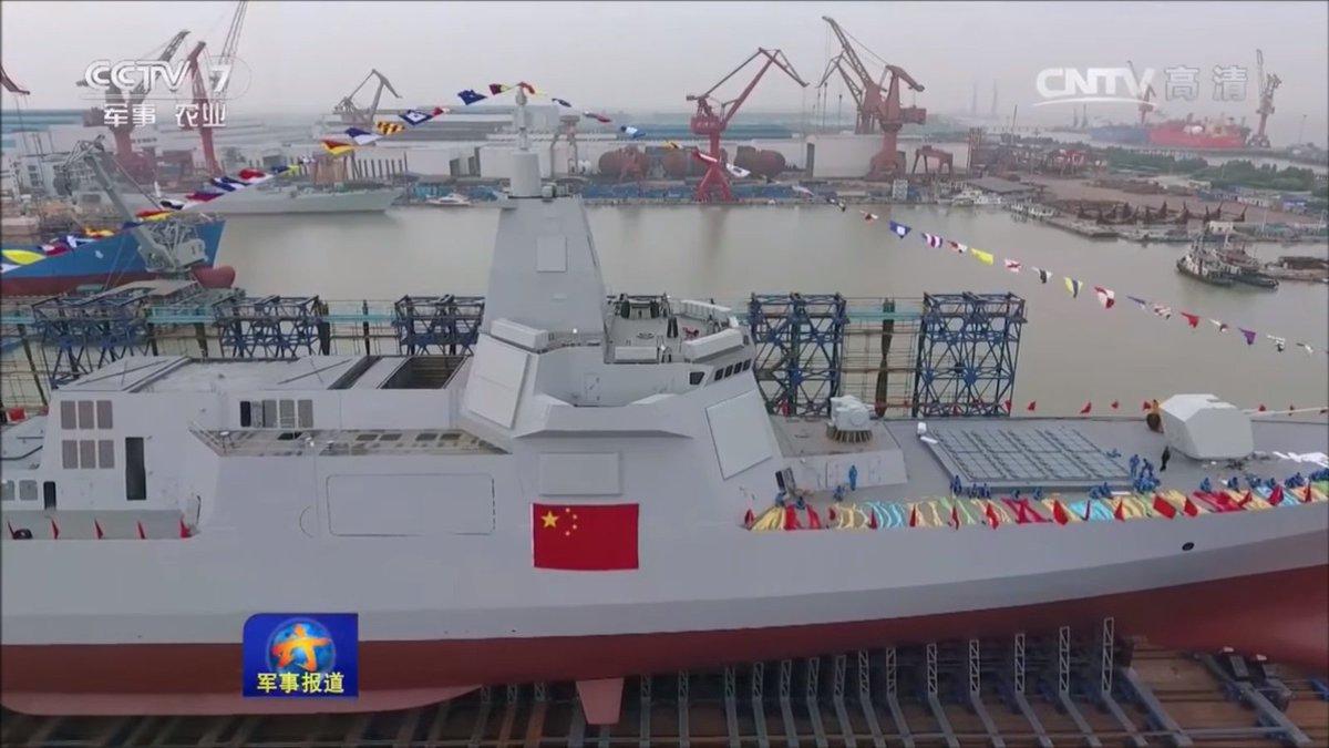 هل تستطيع المدمره الصينيه Type 055 الجديده ان تغرق سفن البحريه الامريكيه ؟!! DDarkQxXYAAgoZr
