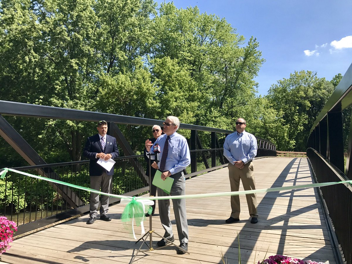 This immersive trail experience provides users with improved #connections from Garfield Heights to the Towpath Trail in OH &amp; Erie Canal. <br>http://pic.twitter.com/G8CIGiyBmt &ndash; bij Bacci Park