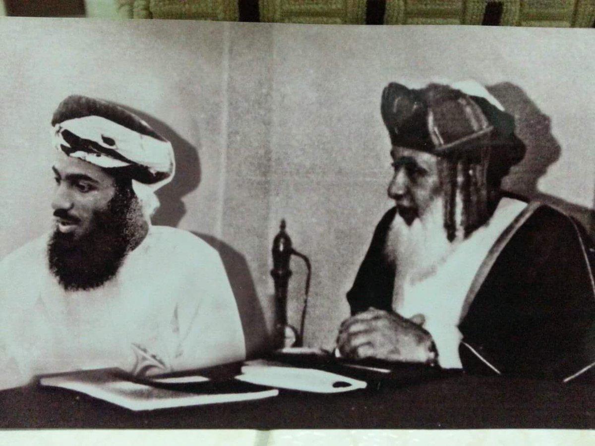 Nasser Alkalbani On Twitter صورة نادرة لجلالة السلطان قابوس مع والده السلطان سعيد بن تيمور