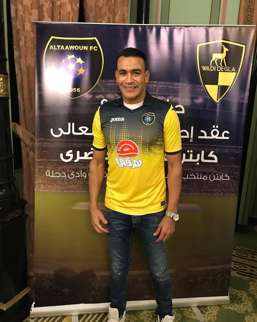 It&#39;s official, legendary #Egypt GK Essam El-Hadary was presented today as the newest member of Saudi side @AltaawounFC.<br>http://pic.twitter.com/V0jcXbFsRI