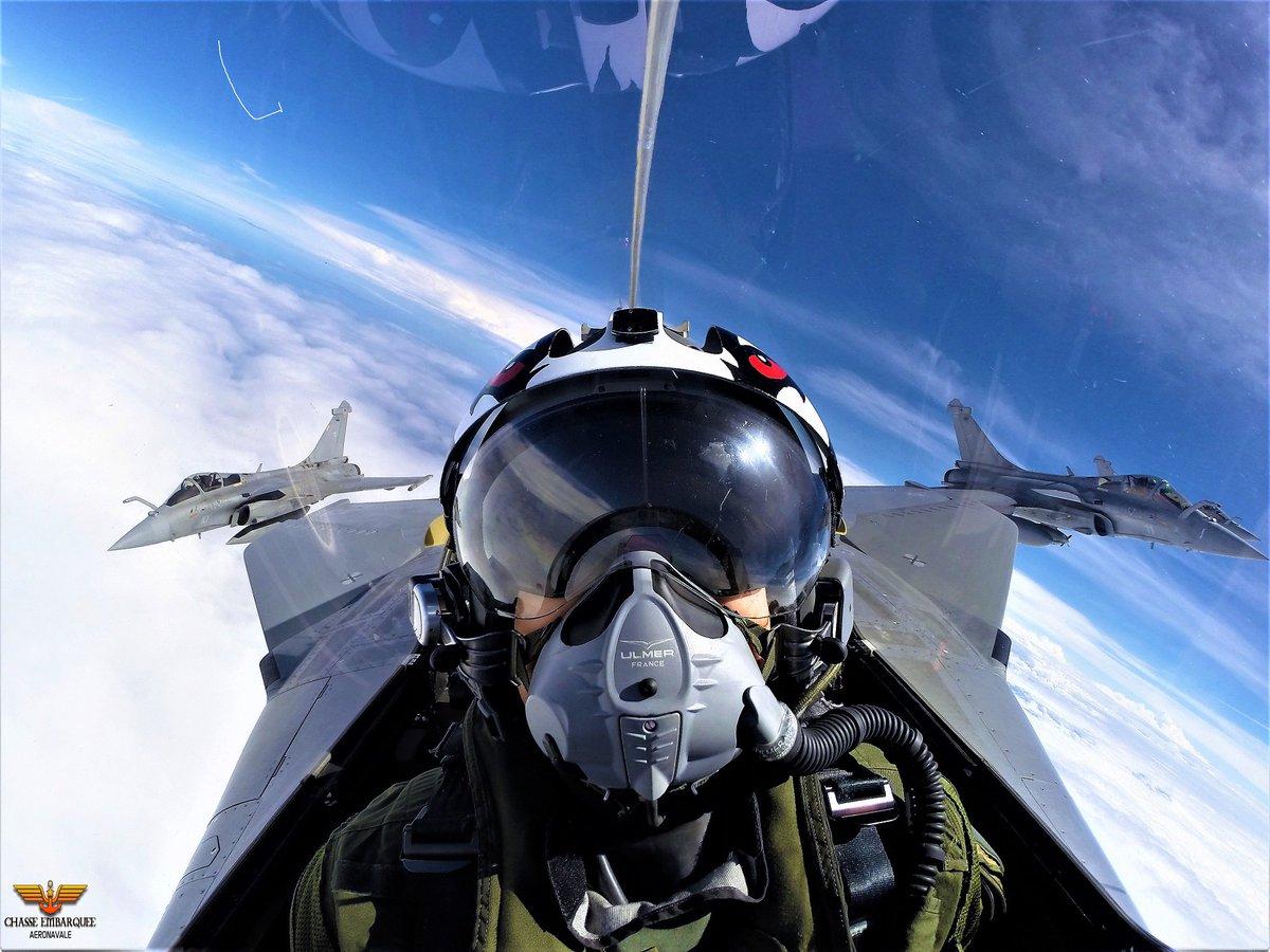 Chasse Embarquee On Twitter Aujourd Hui Entrainement Vol En Formation Et Ravitaillement Pour Ces 4 Pilotes De La Chasseembarquee Rafale Marine Https T Co Fwzajvyvab