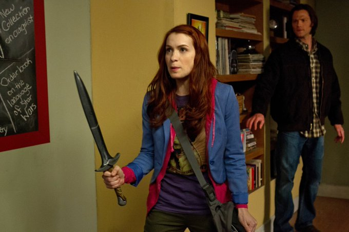 Happy birthday to the superb felicia day, many good wishes