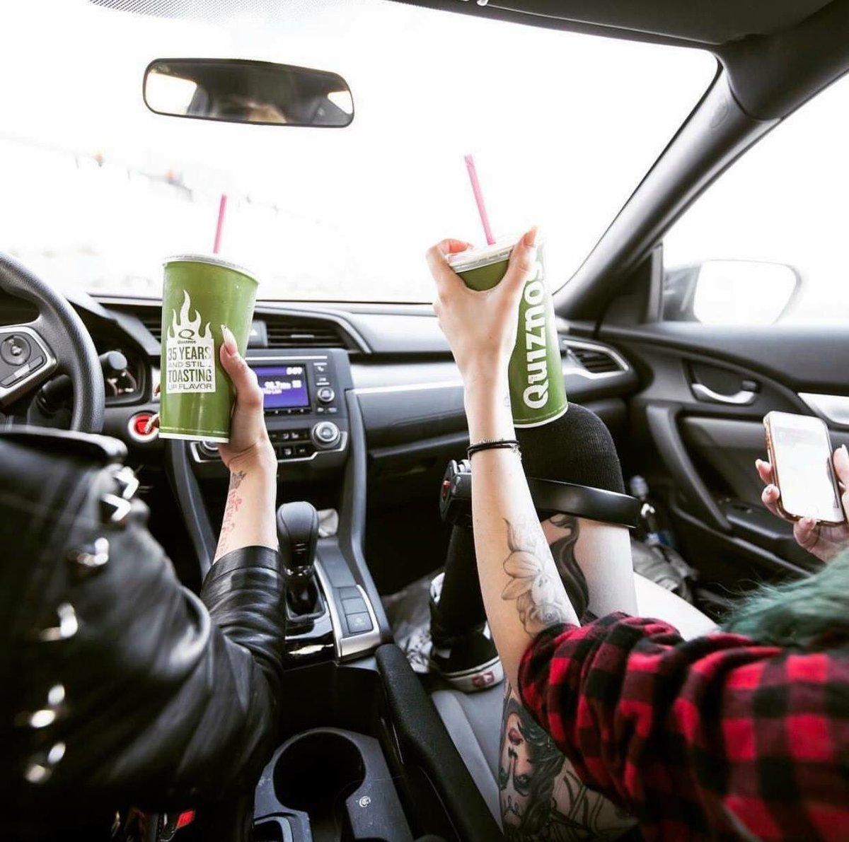 Cruising through hump day with @quiznos & GOLO! Place your order through our app for a quick pick-up at the St-Jacques location #GOLOCAL https://t.co/YPArlTLgih