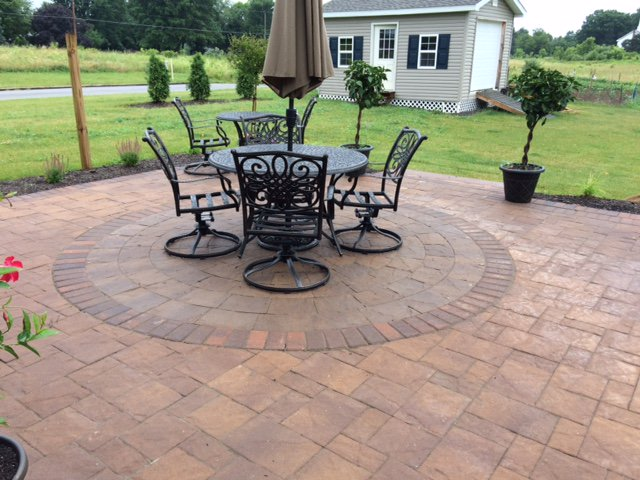 Cst Pavers On Twitter Create A Focal Point Your Patio By Adding Slate Stone Circle Kit Like This One In Ernut Hardscaping