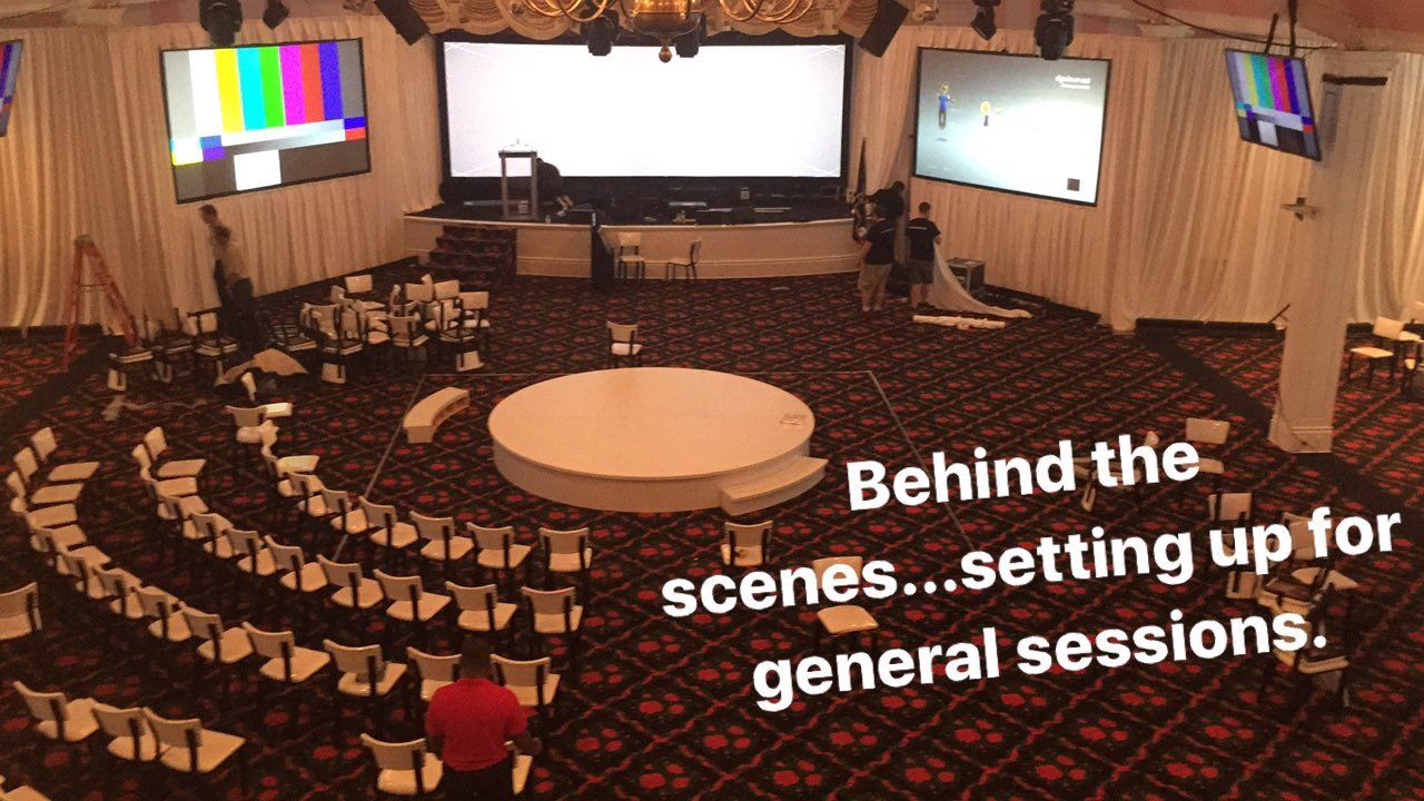 Thanks @BWTechnologies for your hard work setting up the theater! Looking good! #MHAannual https://t.co/o3HzSQrzXU