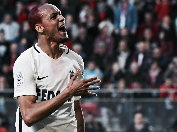On Manchester United and Manchester City's pursuit of Fabinho. #MUFC #...
