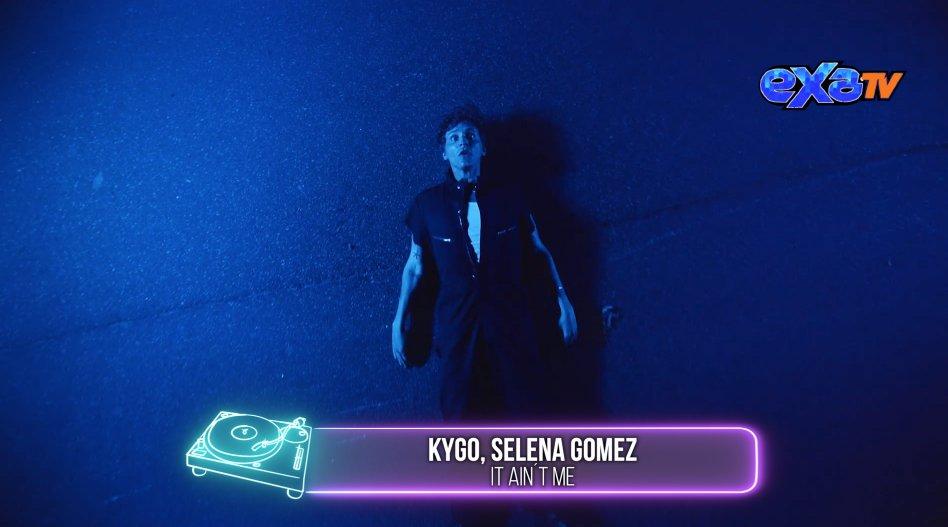 En el #1 de #Top5 🎵  @KygoMusic & @selenagomez 👏  con #ItAintMe 🙌...