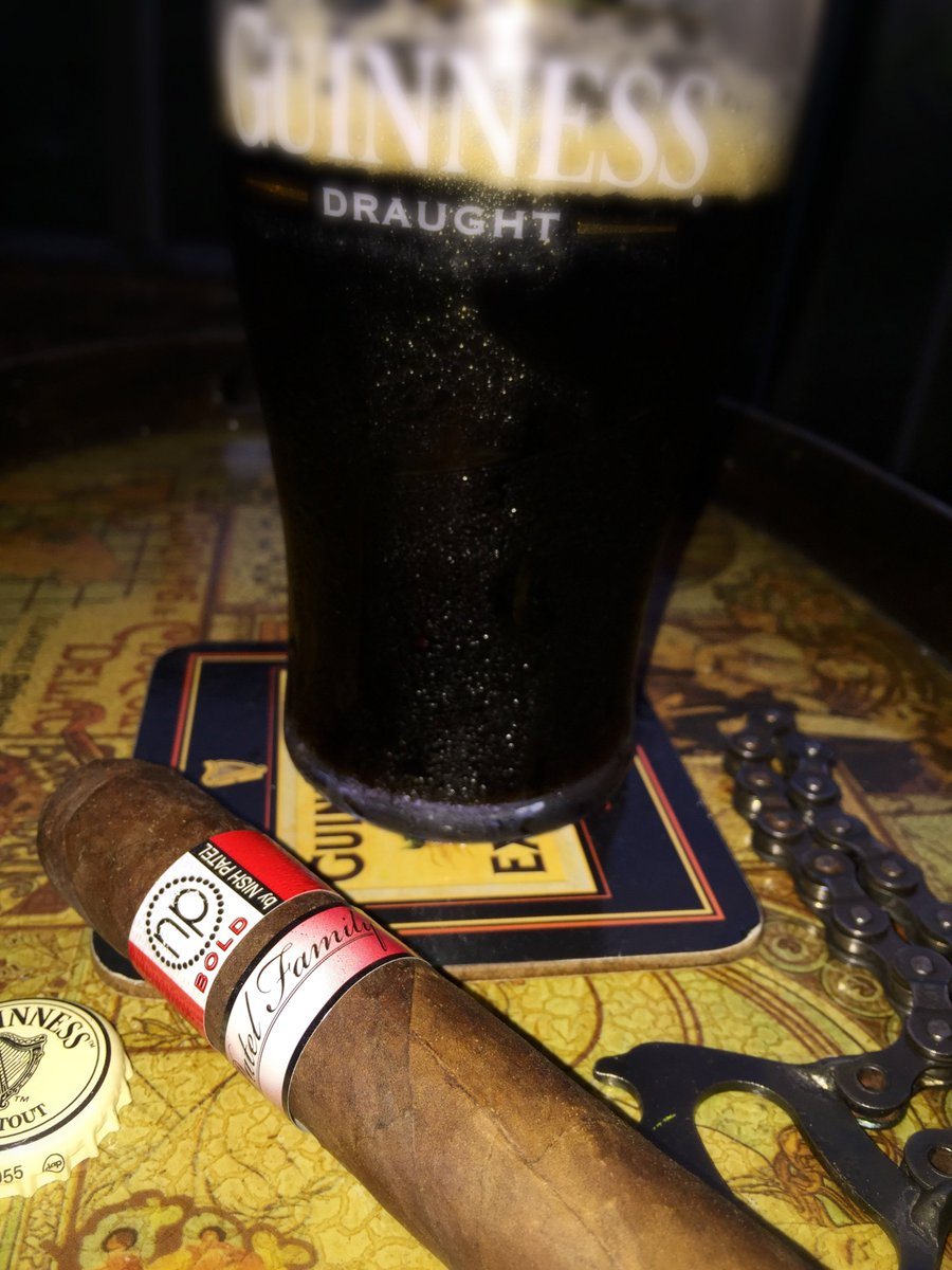 For Rocky Patel Happy Hour....it's BOLD and the Black Stuff!   http:// ow.ly/t1I230d4Br8  &nbsp;    @NishPatelCigars #BOLD #Guinness #RockyPatelCigars<br>http://pic.twitter.com/DF7aIwlu2N