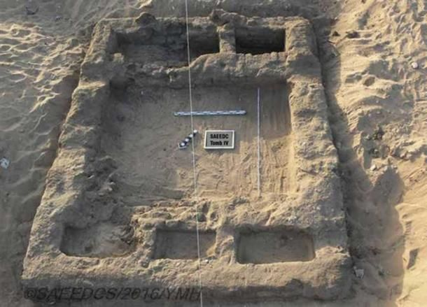 Remains of a 7,000-Year-Old Lost City #Discovered in #Egypt -  http:// buff.ly/2tSGHgc  &nbsp;  <br>http://pic.twitter.com/NVotGoDjXE