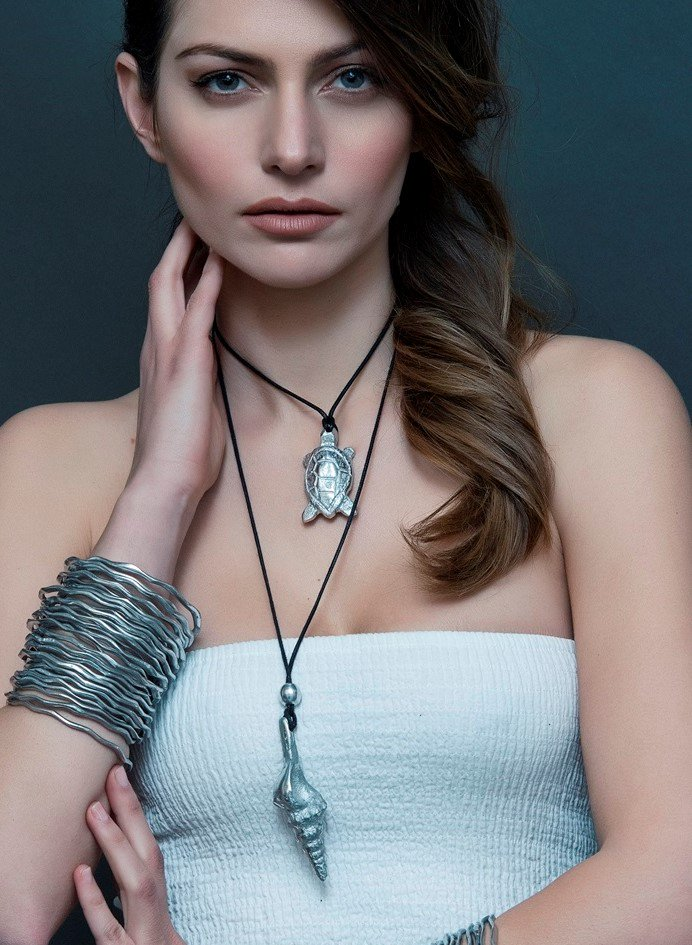 Accessorize for today with recycled, reclaimed aluminum necklaces, earrings and bracelets!   #Aluminum  #today #jewelry #ecofriendly <br>http://pic.twitter.com/Wo68tf1D1P