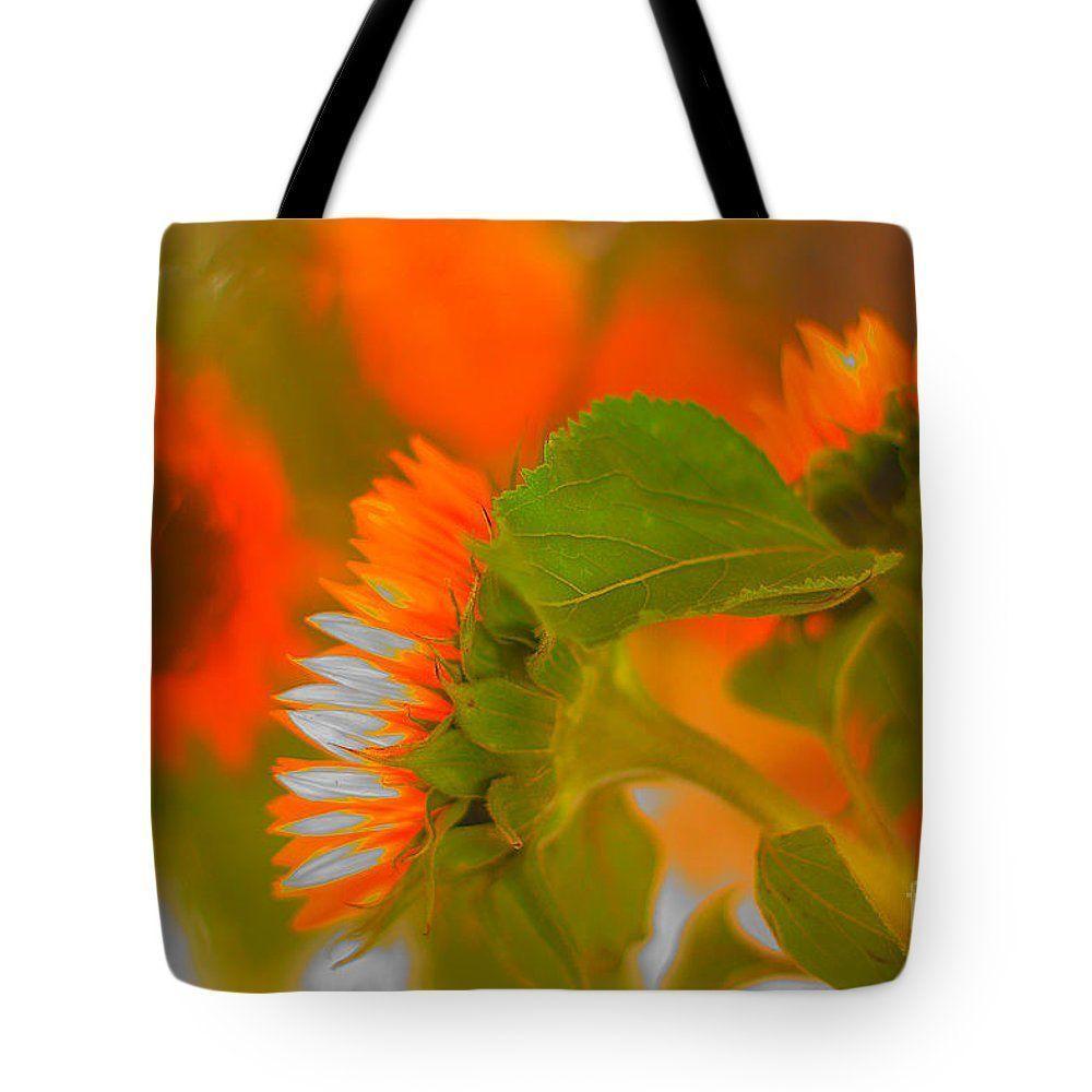 #RETWEET #FLOWERS #HAPPYART #color #summer #orange #Sunflowers. #Tote #Bag for Sale by #AlexanderVinogradov  http:// buff.ly/2si8hGp  &nbsp;  <br>http://pic.twitter.com/kosQsjRuE3