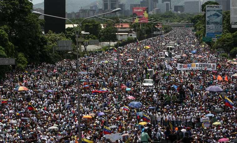 #Oposición se movilizará a todas las sedes del #CNE este #29Jun    htt...