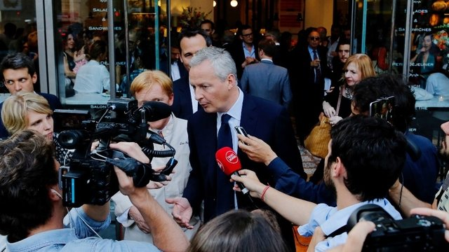 #easynailsuisse tdgch &quot;Bruno Le Maire drague Wall Street  http:// dlvr.it/PQr5R3  &nbsp;   #Monde <br>http://pic.twitter.com/4LnTqYPBFs&quot;