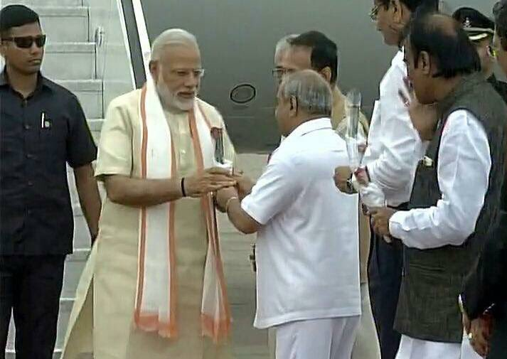 Warmly welcomed Hon'ble Prime Minister Shri @narendramodi ji at Ahmeda...
