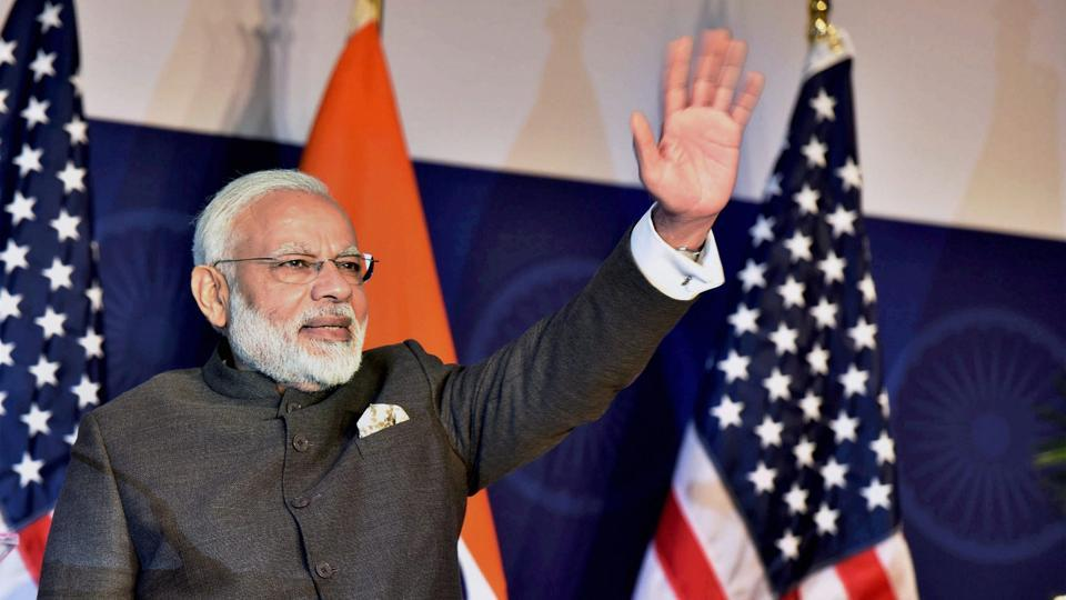 Defence, water, agriculture on agenda of @narendramodi's historic visit to #Israel  http:// read.ht/B1dS  &nbsp;    (report by @jayanthjacob)<br>http://pic.twitter.com/4zAcEB5lR9