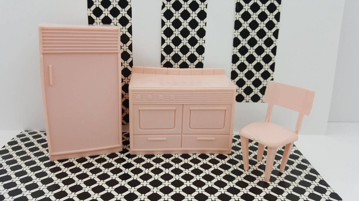MPC Dollhouse Fridge Stove Chair  Furniture Multiple Plastics Corp kitchen  Pieces pink  https:// seethis.co/zbK7D/  &nbsp;   #etsyseller #couponhello20<br>http://pic.twitter.com/zynbHThq23