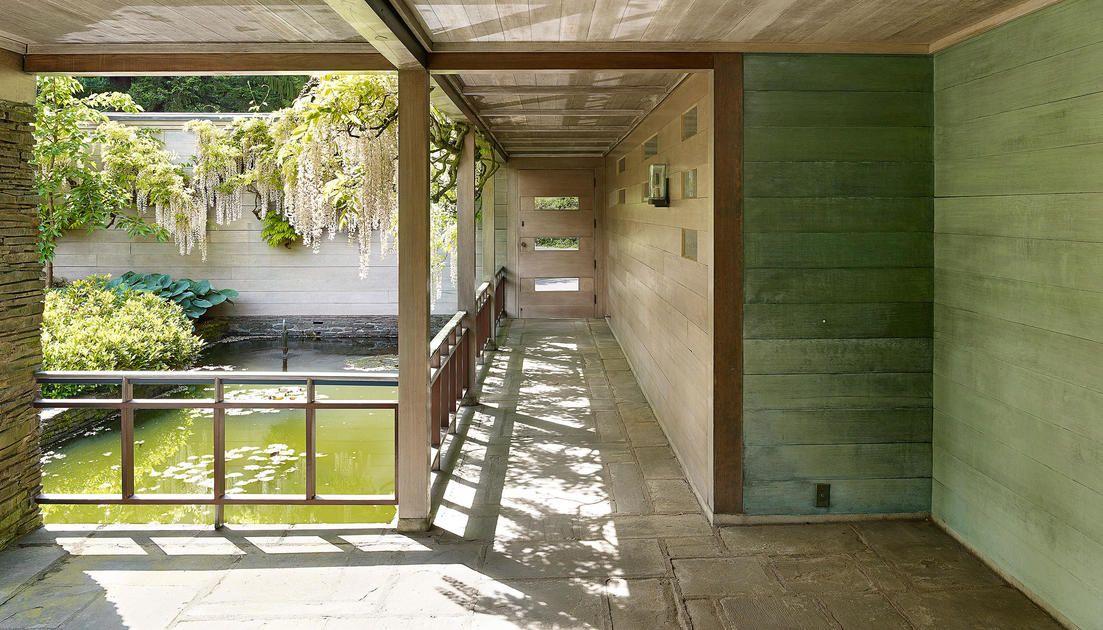 Portland Architect John Yeon&#39;s Deep Connection to Place #midcenturymodern  http:// bit.ly/2tDiI4G  &nbsp;   <br>http://pic.twitter.com/Kqg6JKUkHo