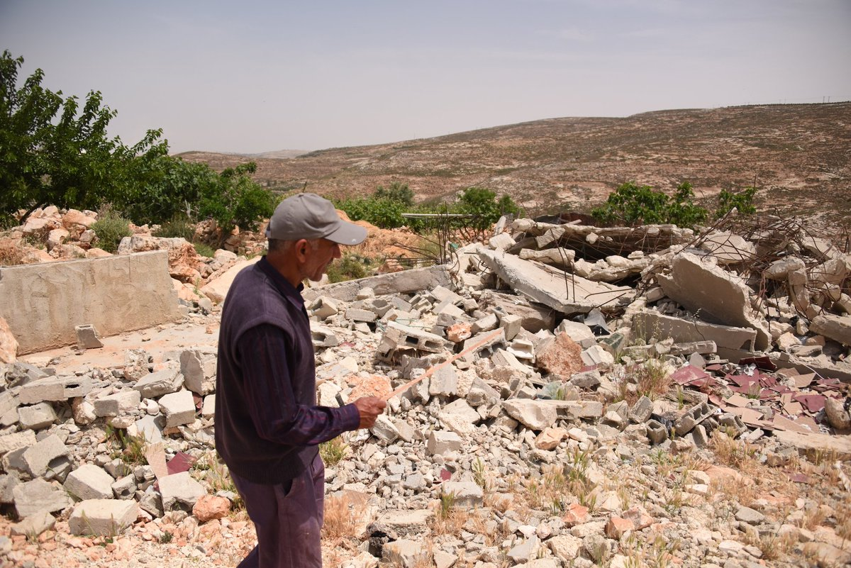 Same rules for #Israel as any occupying power: adhere to Int&#39;l Humanitarian Law + respect rights, land &amp; property of Palestinian civilians. <br>http://pic.twitter.com/HeStn8unNx