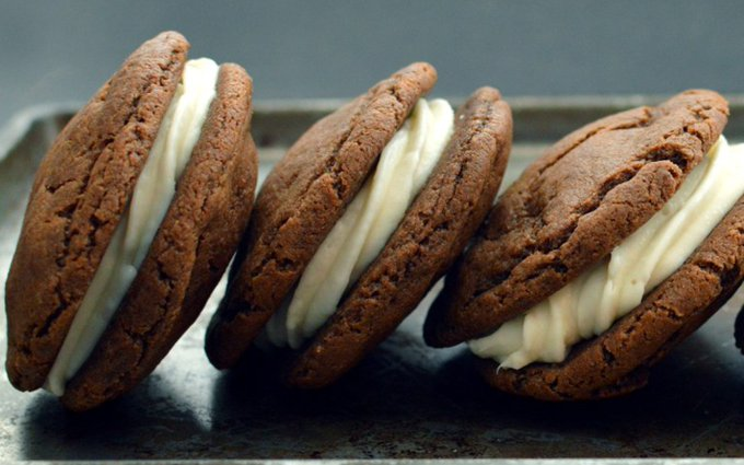 Better-Than-Oreos With Cream Cheese Icing [Vegan]