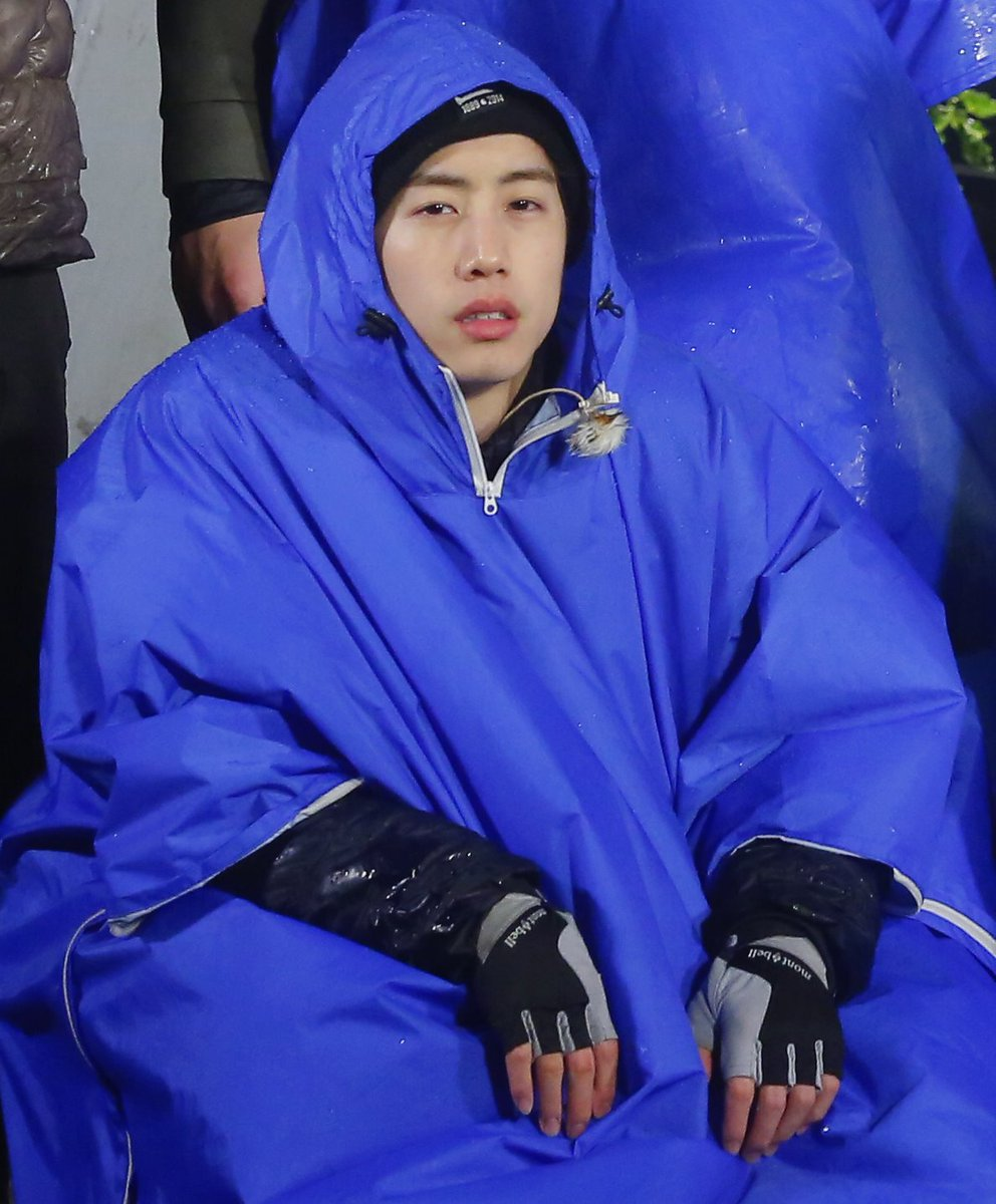 You can save a lots of #GOT7 Mark&#39;s behind-the-scenes photos from &quot;Law of the Jungle Wild Newzealand&quot; here:  http:// m.post.naver.com/viewer/postVie w.nhn?volumeNo=8380571&amp;memberNo=34563856 &nbsp; … <br>http://pic.twitter.com/S1peODWs7S