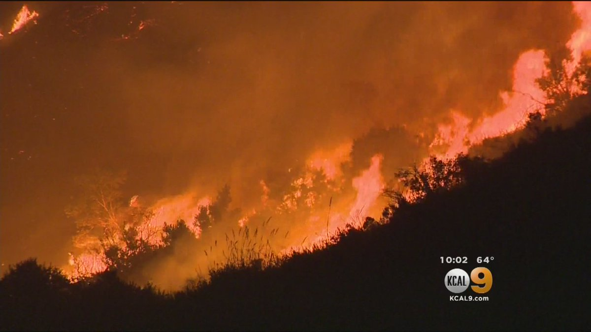 Brush Fire At Camp Pendleton Threatens San Clemente Neighborhoods http...