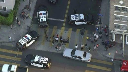 L.A. police shoot and kill man armed with gun during confrontation in...