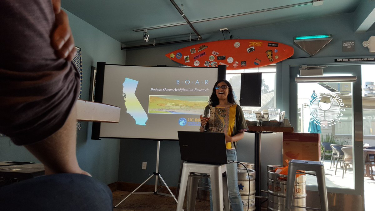 Watched the amazing @priyology talk #climatechange, #science, and #humanity @gourmetaubay. An exemplary #scicomm inspiration and #bosslady!<br>http://pic.twitter.com/gDRrBGOjPK