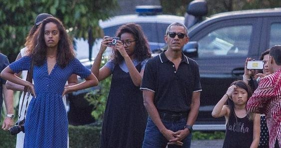 The Obamas vacation in style in Indonesia where Barack grew up (photos...