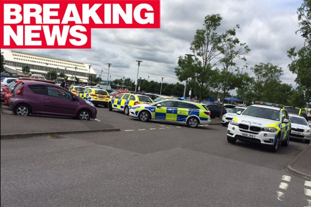 BREAKING: Knifeman 'slits woman's throat' in front of terrified shoppe...