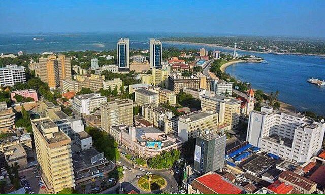 #Tanzania: Isn&#39;t she beautiful?  Throwback rooftop image of Dar es Salaam... <br>http://pic.twitter.com/WGX865quaD