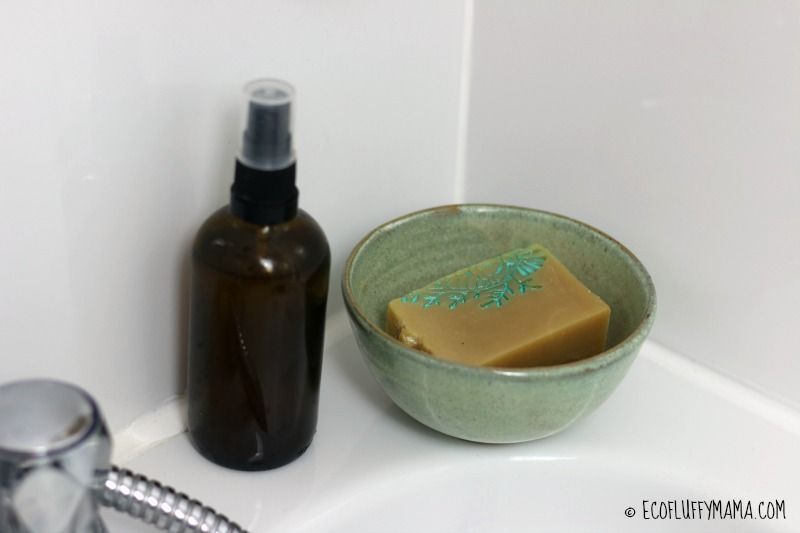 Looking to waste less in the bathroom?  http:// buff.ly/2s80ACA  &nbsp;   #zerowaste #greenchat #sustainability #ecofriendly @ukbloggers1<br>http://pic.twitter.com/GK6bzqyhoH
