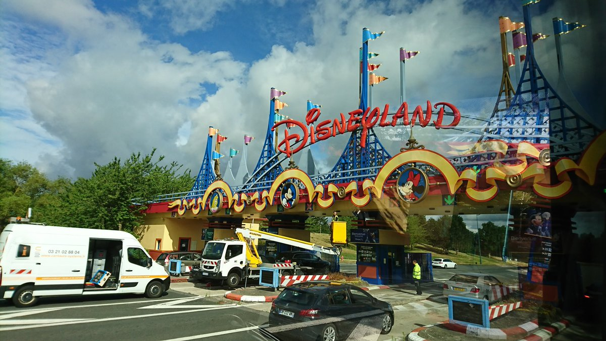 Team Paris arrive at #DisneylandParis. Lots of squeals of excitement on the coach right now! #bhsParis2017<br>http://pic.twitter.com/4d6bGboyxM