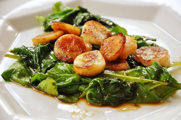 Seared Scallops with Spinach — Living Lou