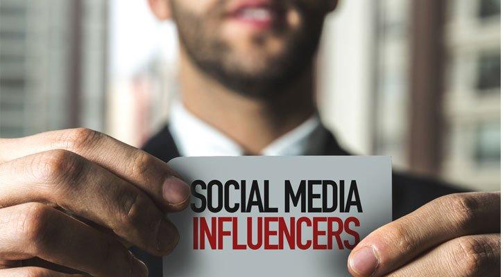 Top 7 #socialmedia influencers who are killing it  via @TheNextWeb #OnlineMarketing  http:// bit.ly/2skmpPv  &nbsp;  <br>http://pic.twitter.com/Z9jvLS9JHT