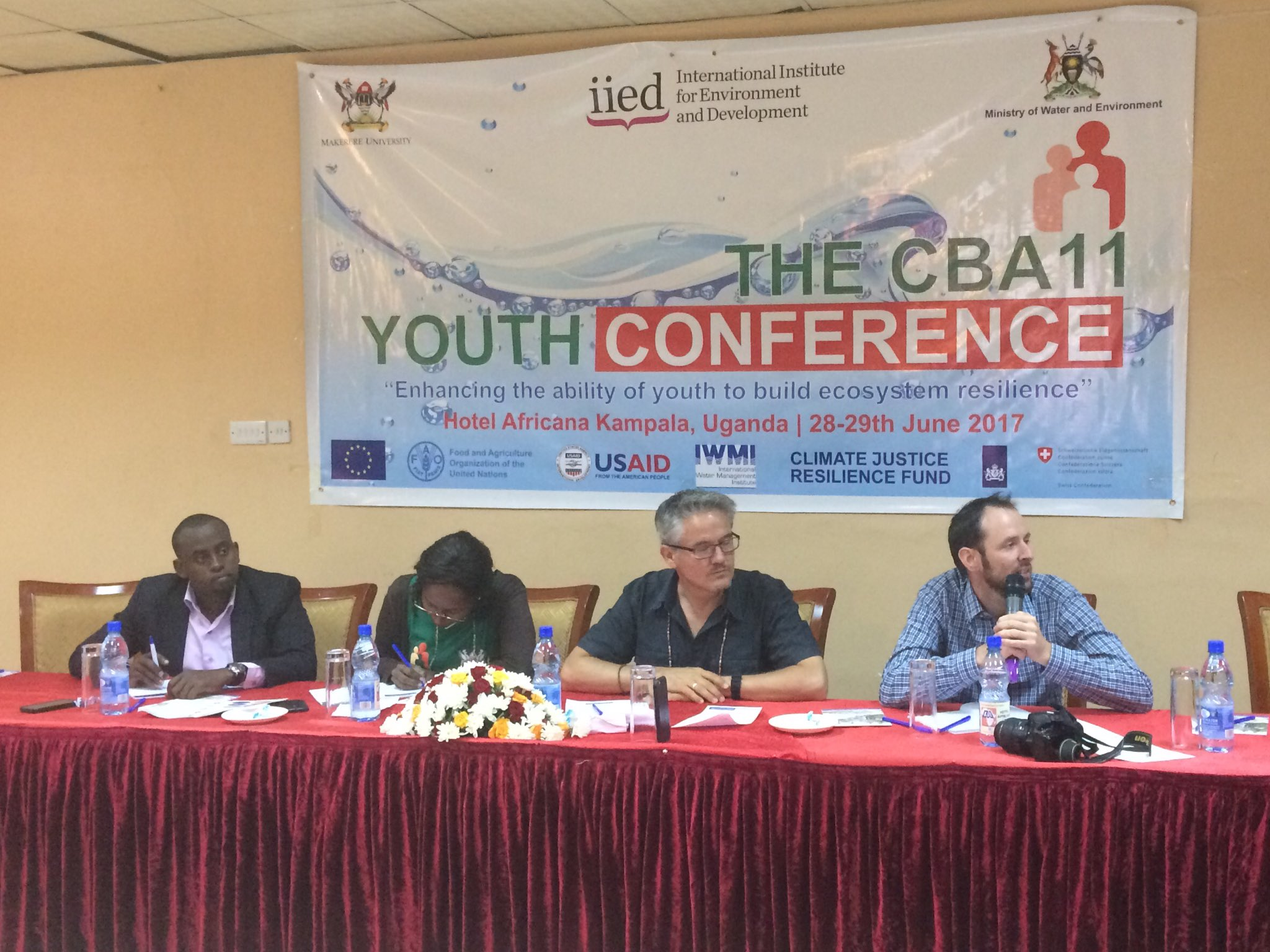 #CBA11 #YouthSummit @IWMI_ Lion's Den judging business ideas on youth as entrepreneurs #foodsecurity #climatesmart #Adaptation @WLE_CGIAR https://t.co/ZJq2xf8SpP