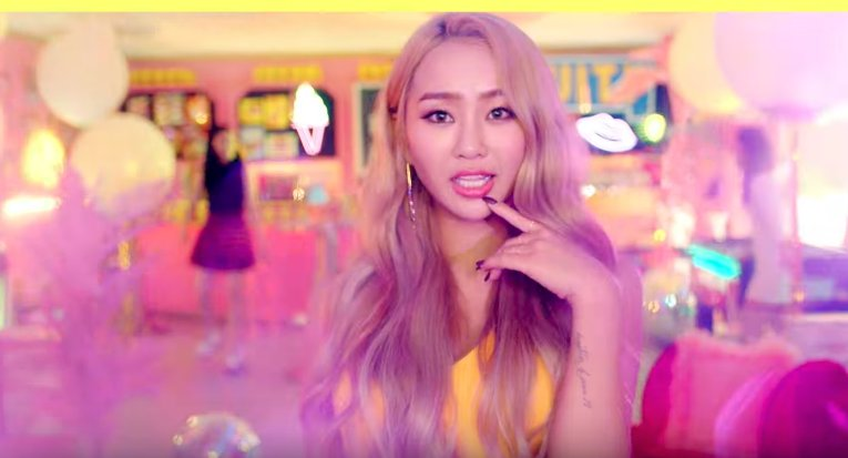"""WATCH: #Hyorin Teams Up With #Kisum To Release Playful MV For """"Fruity""""..."""