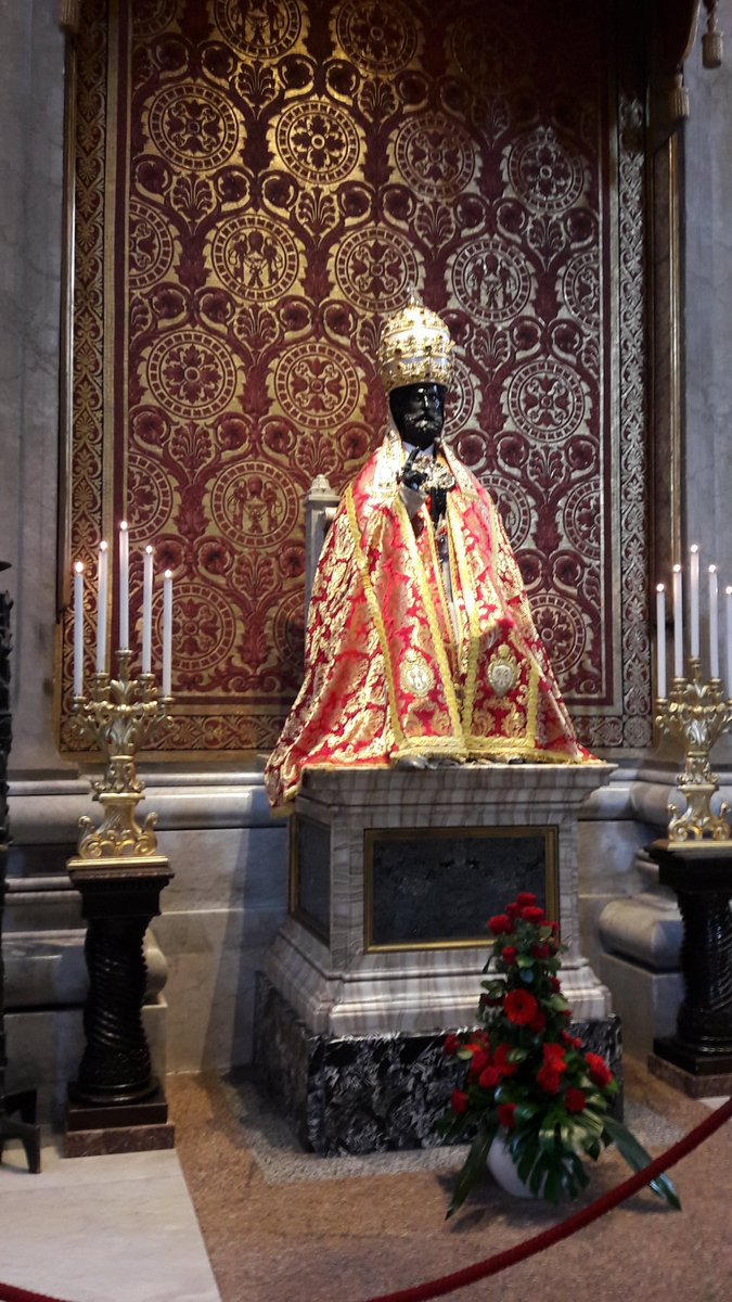 The statue of St Peter in the Basilica - in full regalia for the feast...