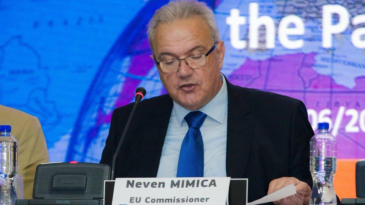 «L'UE examine le déficit d'aide au développement laissé par les États...