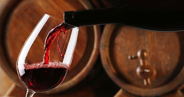 5 strategies to improve your online wine sales performance  http:// bit.ly/2s4KSEn  &nbsp;   #wine #Sales @_PayU #Marketing #OnlineMarketing #shopping<br>http://pic.twitter.com/RMj4IUbuNR