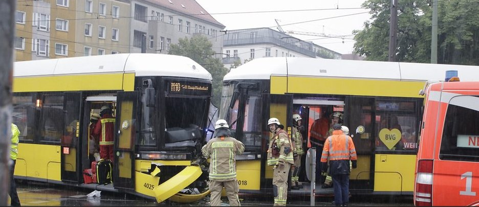 27 wounded as 2 trams have collided in Berlin