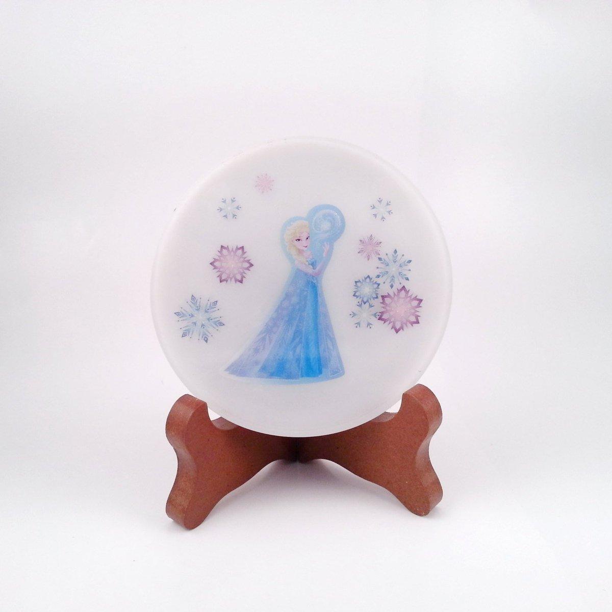 Frozen&#39;s Elsa Handmade Round Resin Coaster FI0235  http:// etsy.me/2rWA38g  &nbsp;   #Etsy #Disney<br>http://pic.twitter.com/Vt78xrbeWT