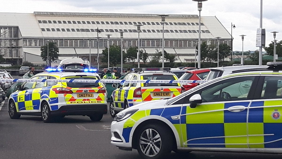 BREAKING: Dockside shopping centre on lockdown after 'man slit woman's...
