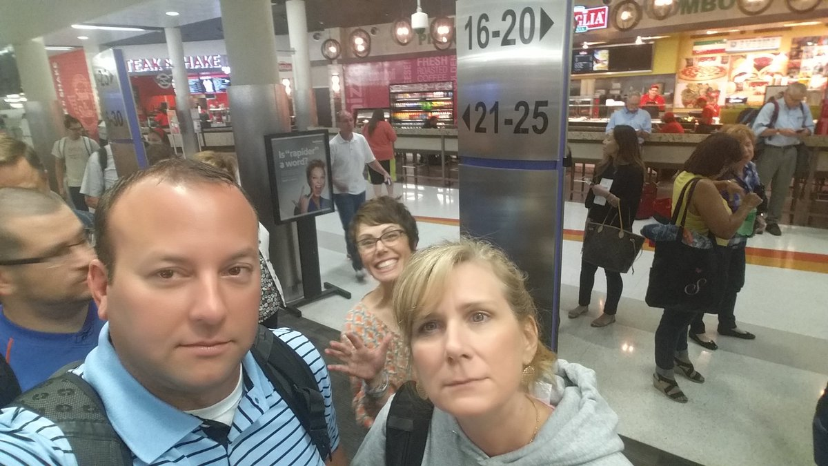 Bittersweet! So sad to be leaving the conference. So excited to share our @isteconnects learning. #iste17 #istewithdrawals <br>http://pic.twitter.com/rLmM8qMl32 &ndash; bij San Antonio International Airport (SAT)