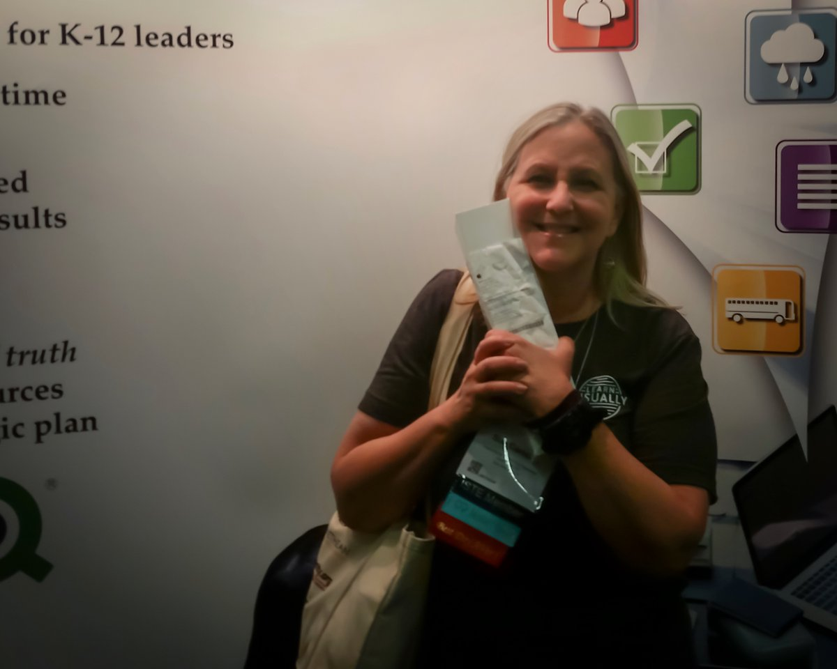 Congratulations  Sue Carlson from North East Independent School District for winning our Apple Watch Giveaway! #ISTE17 #EdTech<br>http://pic.twitter.com/d9aM9r2GOG