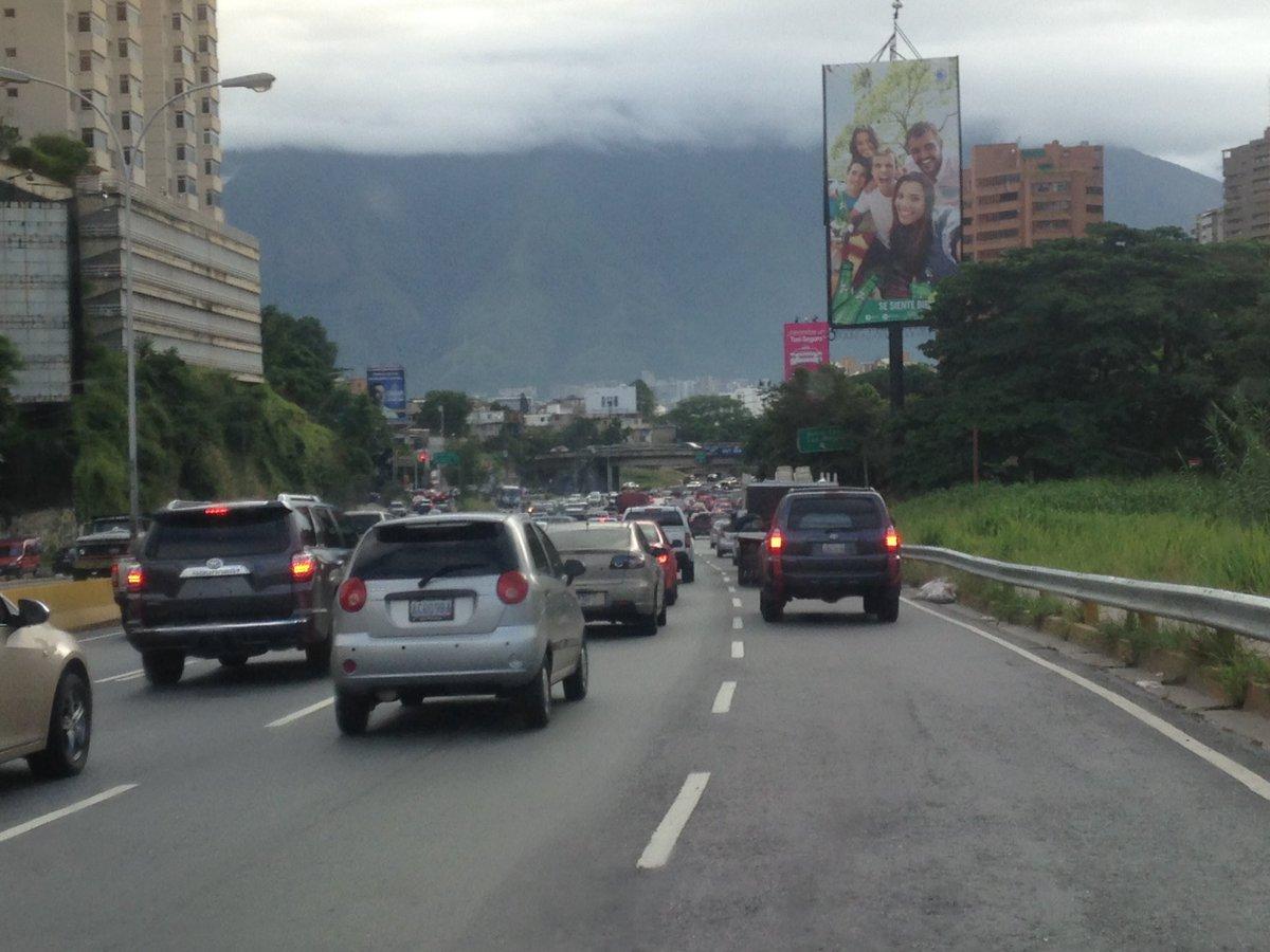 via @mtirado2009: #29Jun 08am #PDE libre ambos sentidos, tráfico moderado sentido centro https://t.co/Hnc5uZuhBV